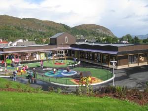 s.1 Daggry barnehage har denne hausten flytta inn i nye og romslege lokale på Valderøya